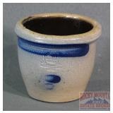 Small RGWE Small Stoneware Pot.