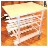 Can Rack Table