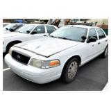 (58157) 2008 Ford Crown Vic, 53119 miles