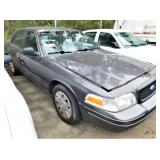 (59245) 2009 Ford Crown Vic, 89799 miles