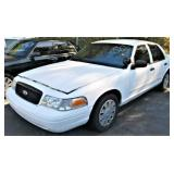 (57515) 2007 Ford Crown Vic -- miles 92477