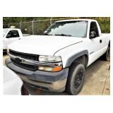 (82222) 2002 Chevy C2500 -- miles 113191