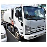 (34207) 2012 Isuzu rear loader -miles 103792