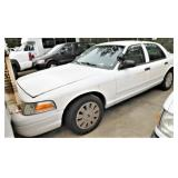 (51391) 2011 Ford Crown Vic, 81819 miles