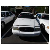 (58919) 2008 Ford Crown Vic, 71897 miles