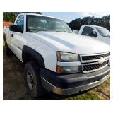 2006 CHEVROLET 2500 HD (4X4) REGULAR CAB PICKUP