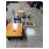 Miniature desk and chair, miniature table with 2
