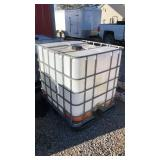 Large Water tank with valve & Metal cage