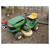 """John Deere 125 Lawn Tractor W/42"""" Deck"""