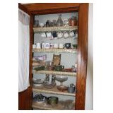 Contents Of Closet - See Photos