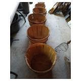 6 Different Sizes Of  Bushel Baskets