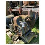 Wisconsin 17 HP Engine With Air Tank - Set Up