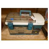 GREEN PLANO TACKLE BOX W/FISHING LURES ETC.