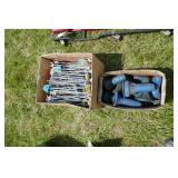BOX OF PEG HOOKS / BOX OF SEAL DRIVERS