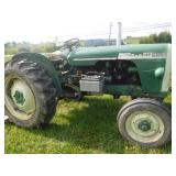 OLIVER 500 TRACTOR