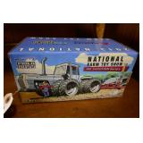 WHITE FIELD BOSS-NATIONAL FARM TOY SHOW