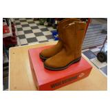 NEW WOLVERINE-FOSTER SIZE 10M PULL ON BOOTS
