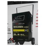 SCHUMACHER FULLY AUTOMATIC 12V BATTERY CHARGER