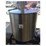 NEW ACERO STAINLESS STEEL POT