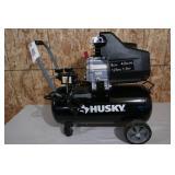 HUSKY 8 GALLON-125 PSI-1.5 HP AIR COMPRESSOR