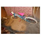 CHILDS HUFFY BIKE