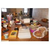 TABLE TOP OF MISC. HOUSEHOLD ITEMS & GAMES W/ DESK