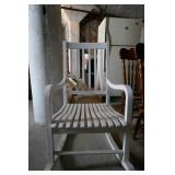 WOOD PORCH ROCKER (WHITE)