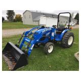 New Holland Workmaster 33 Tractor w/140 TL Loader