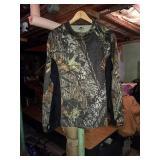 Mossy Oak long sleeve shirt. X-LARGE