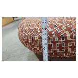 Geometic Pattern Round Foot Rest