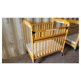 Fire Evacuation Rounded Wooden Frame Crib