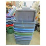 8 Rubbermaid Ruffneck Totes