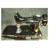 Singer Sewing Machine 211-1