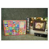Polaroid 8in Digital Picture Frame & Floor Puzzle