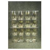 16 Festive Glasses