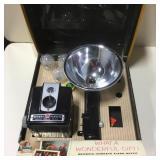 Vtg Kodak Brownie Flash Model Camera w/ Box