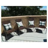 Set Of 4 Outdoor Chairs & Pillows