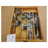 Cutlery Set in Bamboo Tray