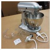 Kitchen Aid Artisan KSM150 Mixer & Attachments