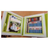 Artschool Pastels Kit