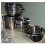 Stainless Steel: Nesting Bowls, Strainers &