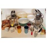 Vintage Household Lot; Pyrex, Toaster & More