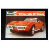 Vintage Revell 69 Corvette 427 Couple1:25 Model