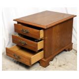 Mid Century Vintage Oak Broyhill End Table