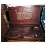 Vintage Starrett Micrometer Caliper Set C