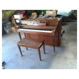 CABLE NELSON PIANO WITH BENCH