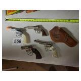 CHILDREN COWBOY CAP GUNS