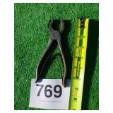 Winchester Spring loaded pliers