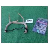 DEER ANTLERS:SMITH&WESSON
