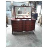 8 drawer mahogany dresser with mirror 57 x 35 x